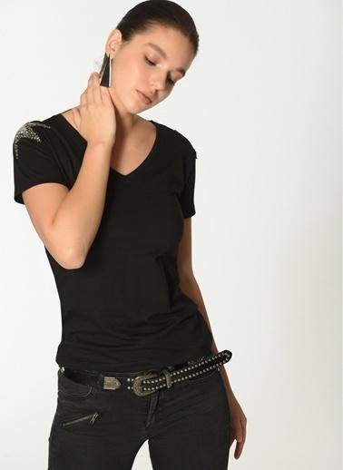 Loves You Omzu Yıldızlı Tişört Siyah